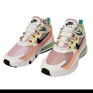 Shoes Nike Women's Air Max 270 Size 8 Pink